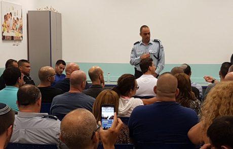 """מפגש משמר השכונה ומשא""""ז עם מפקד משטרת נתניה ומנהל אגף אכיפה ופיקוח"""